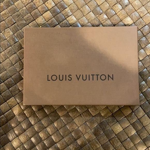 Louis Vuitton box